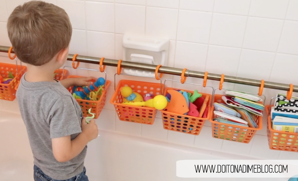 Bath toy organization with watermark